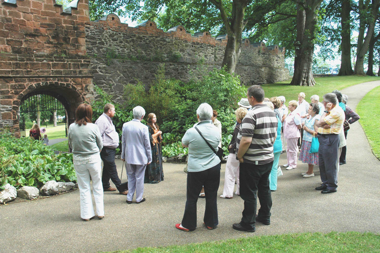 Picture: Guided Tour of Castle Gardens